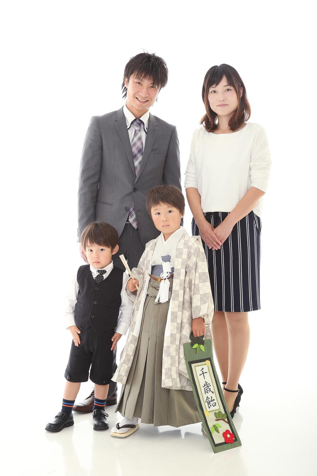 家族で七五三写真