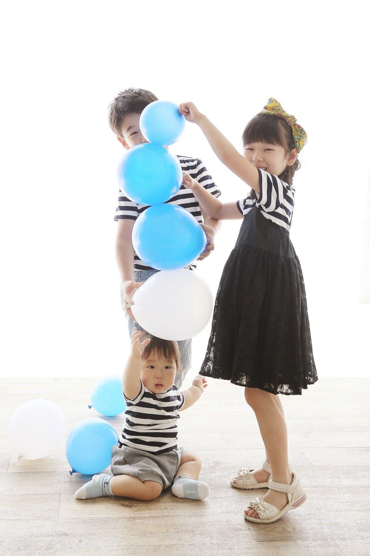 楽しく家族写真撮影