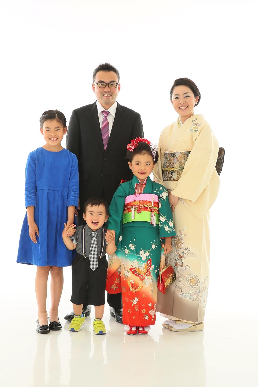 家族で七五三の撮影